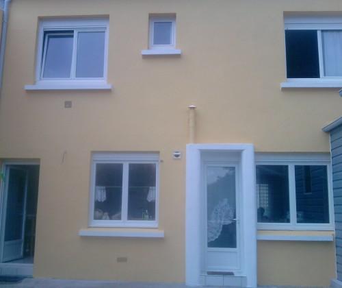 05/2011 peinture acrylique jaune hydrofuge étanchéité facade maison nantes chantenay entreprise david renovation tous droits réservés