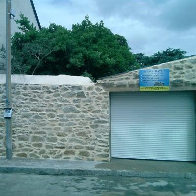 pierre boiserie ravalement batiment ancien renovation chaux enduit nantes chantenay garage entreprise david renovation immobilière tous droits réservés