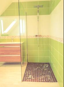 Douche, baignoire, vasque, lavabo, robinetterie, rénovation, douche, robinetterie
