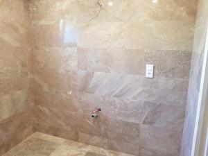 Salle de bain douche italienne caniveau faience carrelage rénovation SDB Lavabo ent david treillières nantes 2018 08