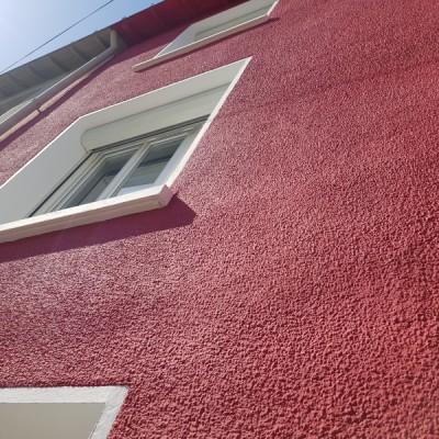 peinture ravalement nantes chalatres entreprise david cassis rouge vif  rénovation immobiliere